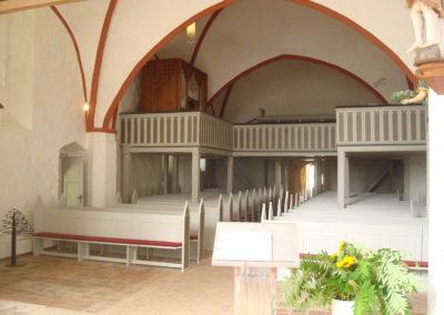 Kirchenraum nach der Renovierung. Kirchenchronik Kühlungsborn