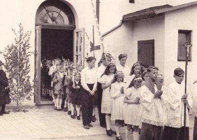 Erste Heilige Kommunion 1950er-Jahre aus der Kirchenchronik